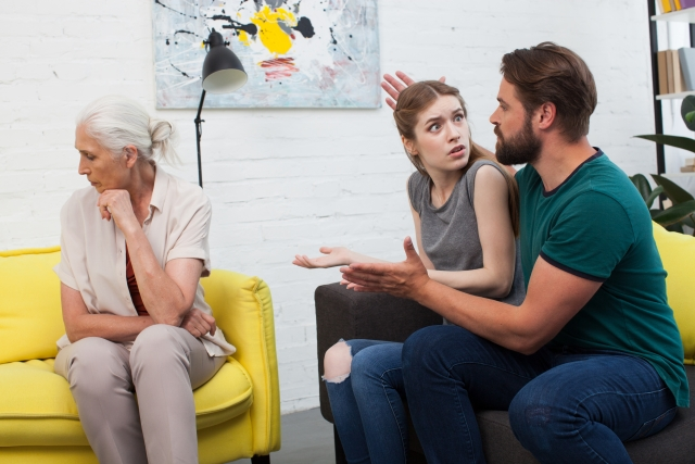 【嫁姑問題】モラハラ夫の両親との関係に我慢の限界を迎えたら